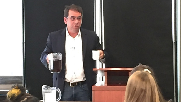 On Thursday, September 15, the first of five Guest Professional Dinners to be featured this semester took place in the South End dining hall. Omar Haedo, president of ELAN Solutions, […]